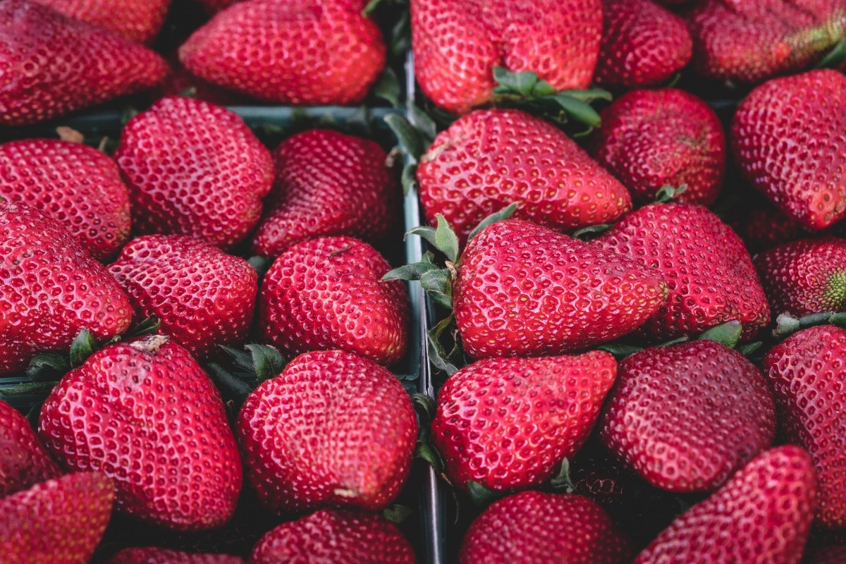 strawberries_strawberry_delicious_fruit_food_dessert_sweet_healthy-808536