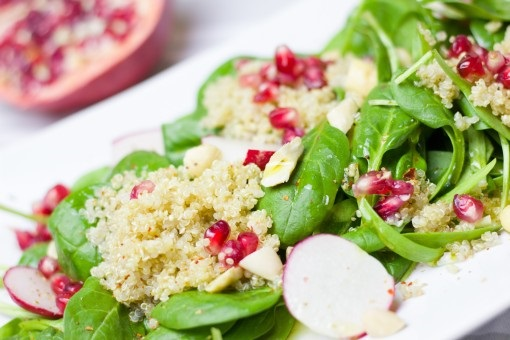 salad_spinach_pomegranate_couscous_healthy_delicious_tasty_food-1374091