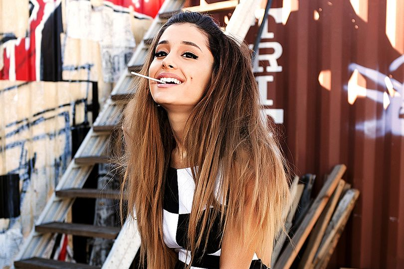 """Ariana Grande: """"I love animals more than I love most people, not kidding"""""""