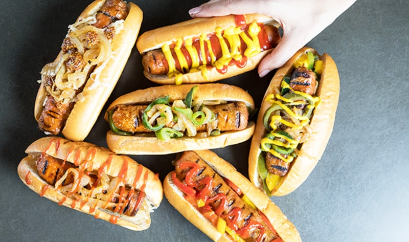 Los Angeles May Become First City to Serve Vegan Hot Dogs at Every Theater