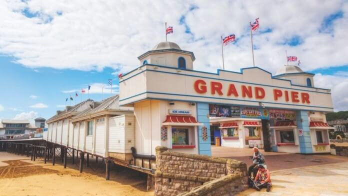 100% RENEWABLE ENERGY SEASIDE VEGAN B&B OPENS IN WESTON-SUPER-MARE