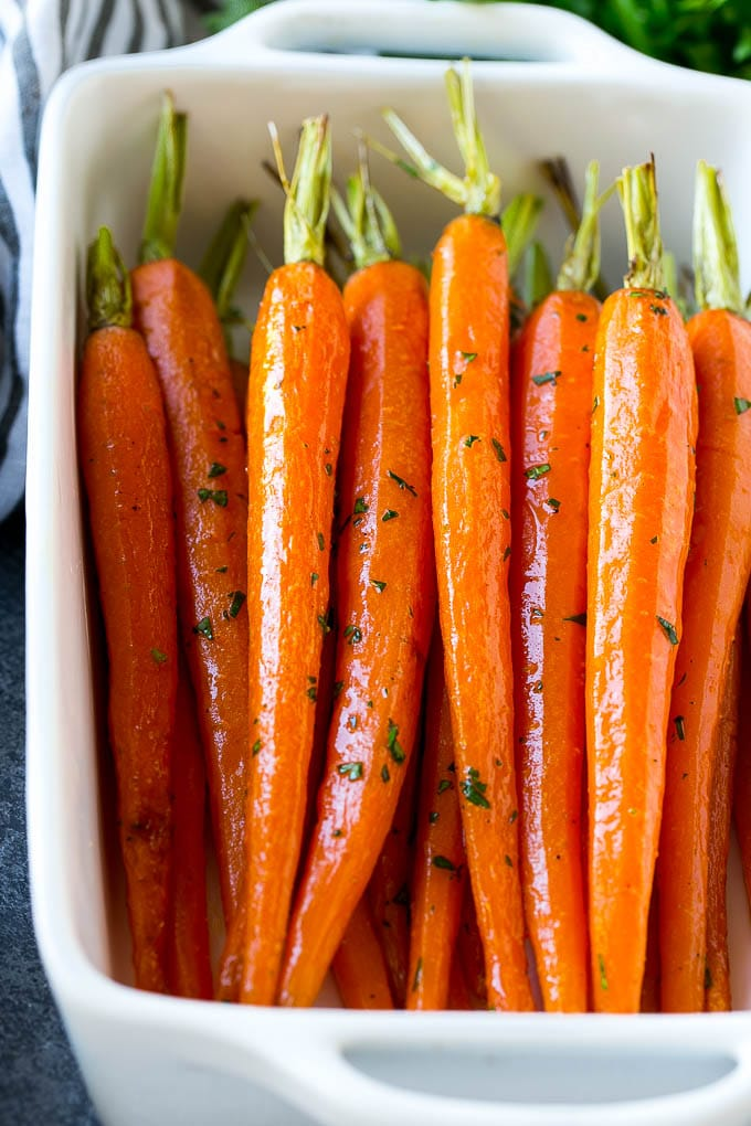 Carrots / Nutrition Facts and Health Benefits